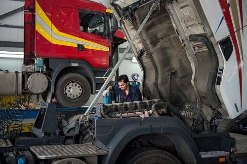ремонт грузовика Скания